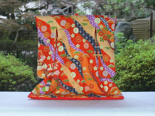 売店 あい工房オリジナル商品小さなミニチュア着物キット豊かな彩りがおりなす日本の伝統衣裳 着物 作って飾って日本の文化を身近に楽しんでみませんか 送料無料 ミニチュア着物キット 衣桁なし 5 朱 贈答 1 道長