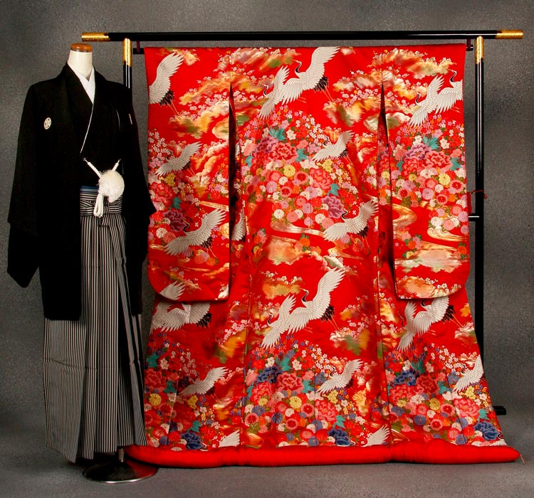 Eu313 考试颜色 uchikake 和服、 大冠租赁完整集的重庆市花 [和服出租] [uchikake 和服颜色] [婚礼] [神社] [uchikake 和服出租] [uchikake 和服] [颜色 uchikake 和服出租] [完成] [接待] [改造] [前] [客户] [和服新娘] [往返]
