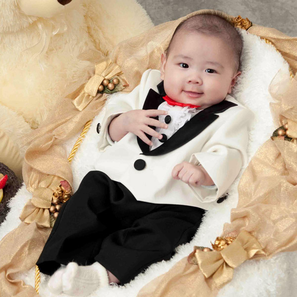 【ベビー礼服】白/黒 蝶ネクタイ付 100日~1才【初節句 誕生日 赤ちゃん】【送料無料】【あす楽】