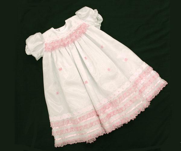 【ベビードレス】白 ピンク刺繍【お宮参り 女の子】【送料無料】