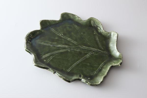 川尻潤作 緑釉 葉形 中皿  【送料無料】【smtb-k】【ky】【作家】【和食器】