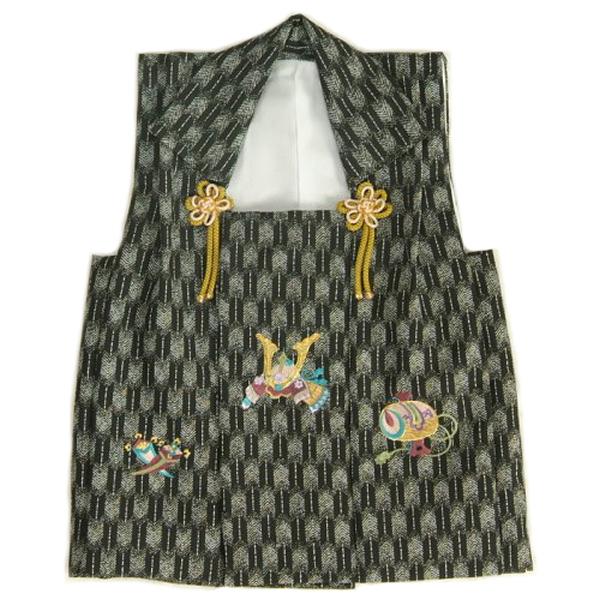 七五三着物男の子 被布単品 黒グレー色 兜刺繍 金コマ刺繍 矢絣地柄文様 日本製