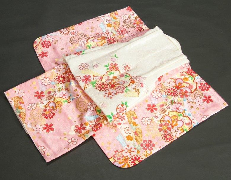七五三 3歳 雪輪 熨斗 被布白地 着物 金彩使い ピンク色 女の子被布セット 正絹 足袋付きフルセット