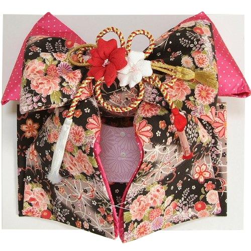 七五三着物用祝い帯 7歳用 黒地 友禅柄 桜 芍薬 ちりめん生地 飾り紐付き 大サイズ 日本製
