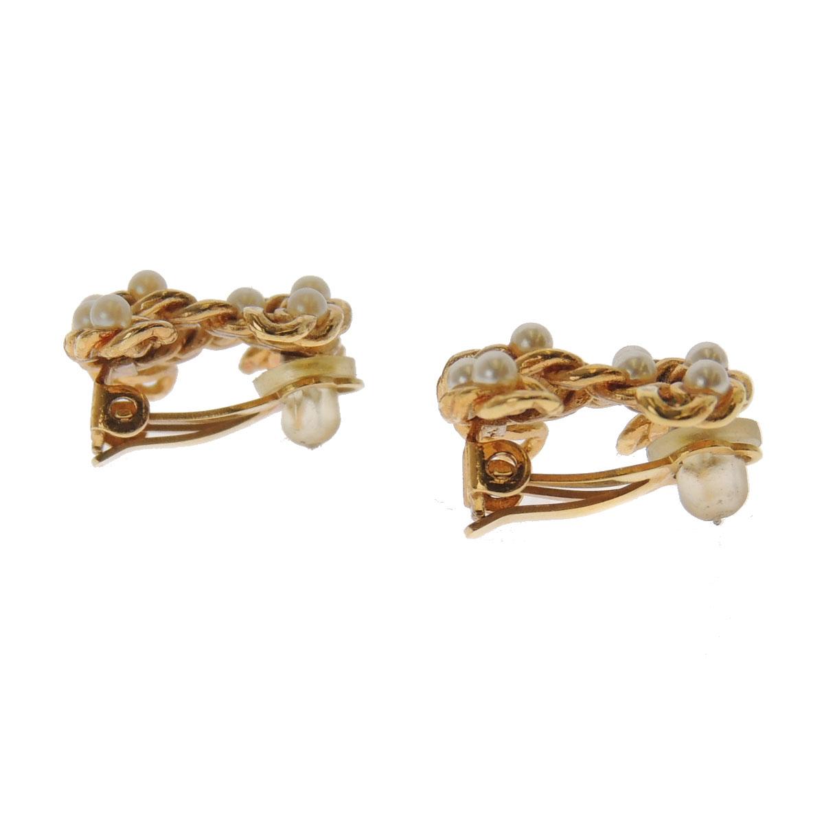 Women's CHANEL Coco make earrings