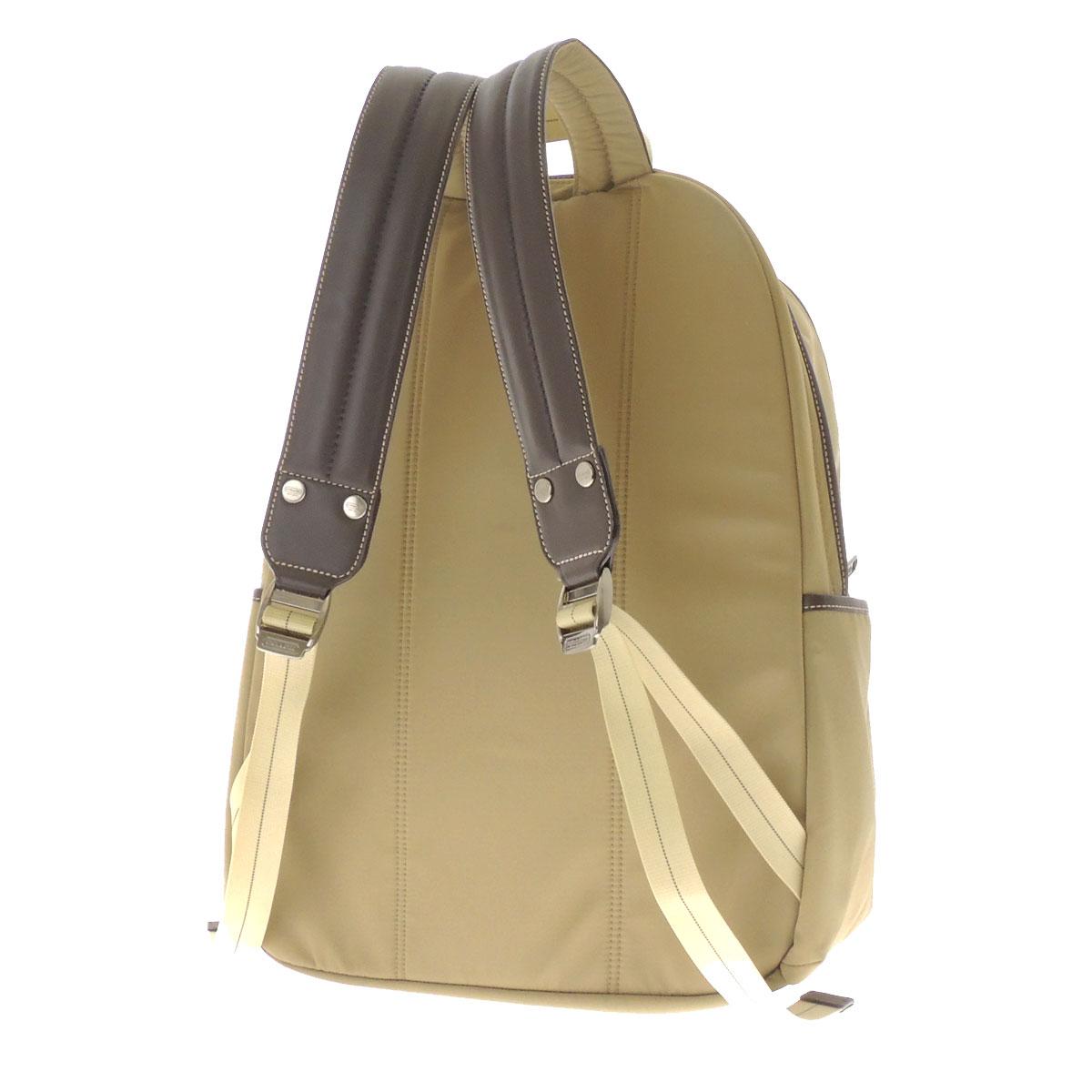 附带COACH标识铭牌的F70369帆布背包·日包尼龙×皮革男女两用