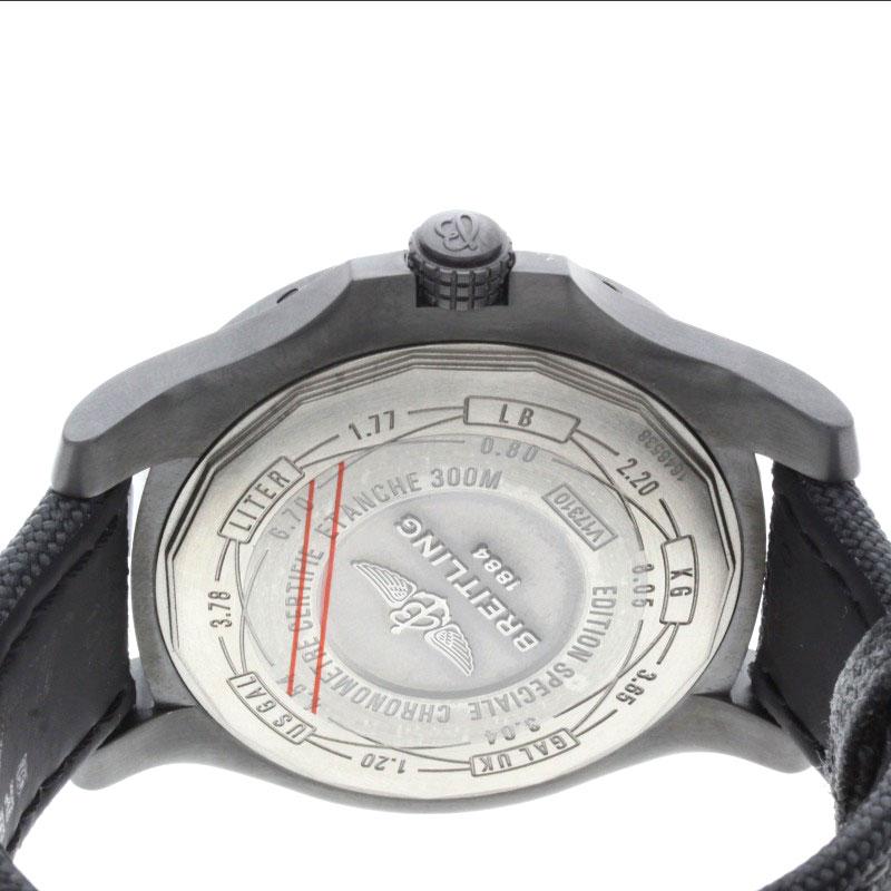 BREITLINGV17310 复仇者黑鹂手表钛 / 帆布男士