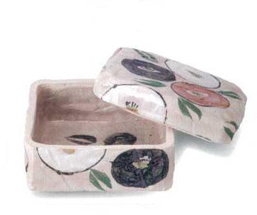 美濃焼 椿 陶箱