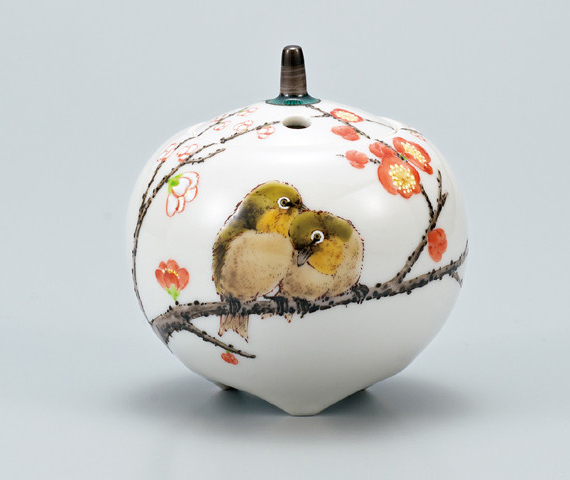 AP3-1314 九谷焼 3号香炉 紅白梅に鳥