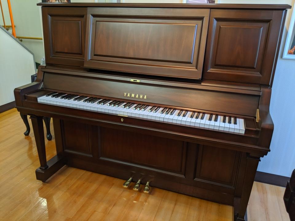 中古アップライトピアノ YAMAHA(ヤマハ)W201Wn