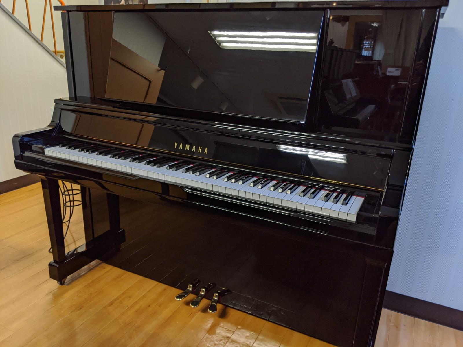 【中古】ヤマハ UX30A 人気のX支柱搭載上級モデル【中古ピアノ】【アップライト】【X支柱】