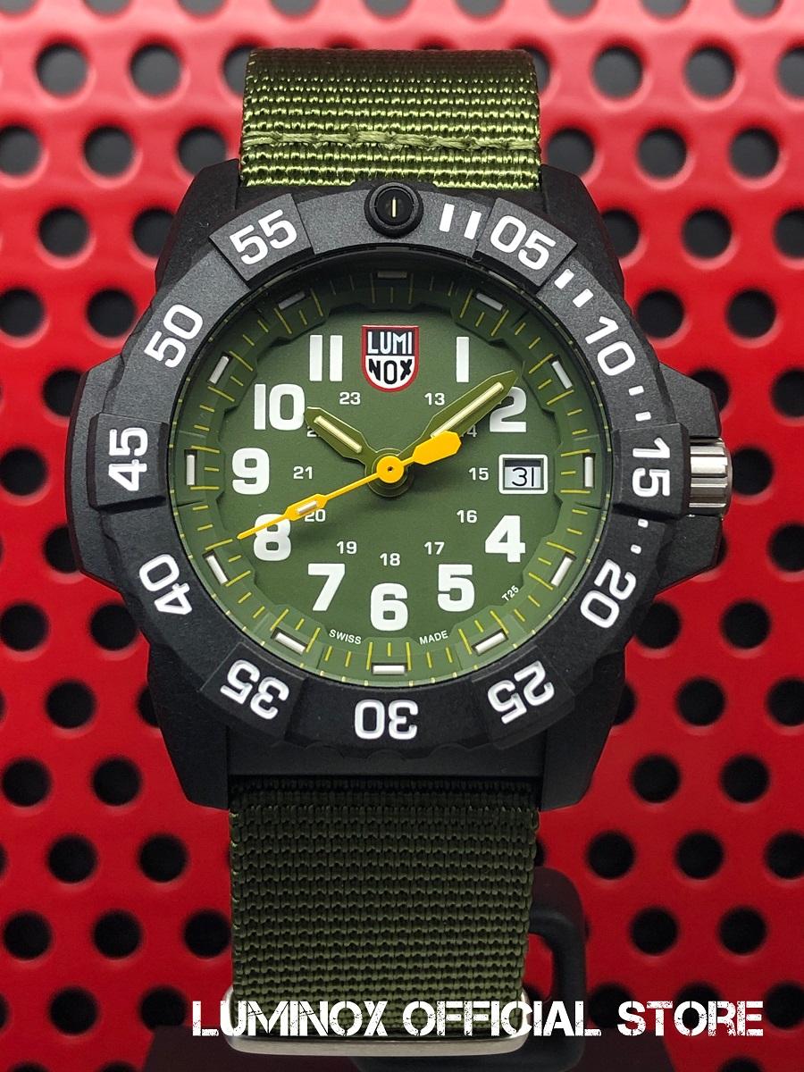 Luminox直営店 NAVY SEAL 3500 SERIES Ref.3517[3500シリーズ/ルミノックス/ネイビーシールズ/ミルスペック/米海軍/特殊部隊/ミリタリーウォッチ/ダイバーズ/タフ/防水/軽量/発光/日本正規保証]