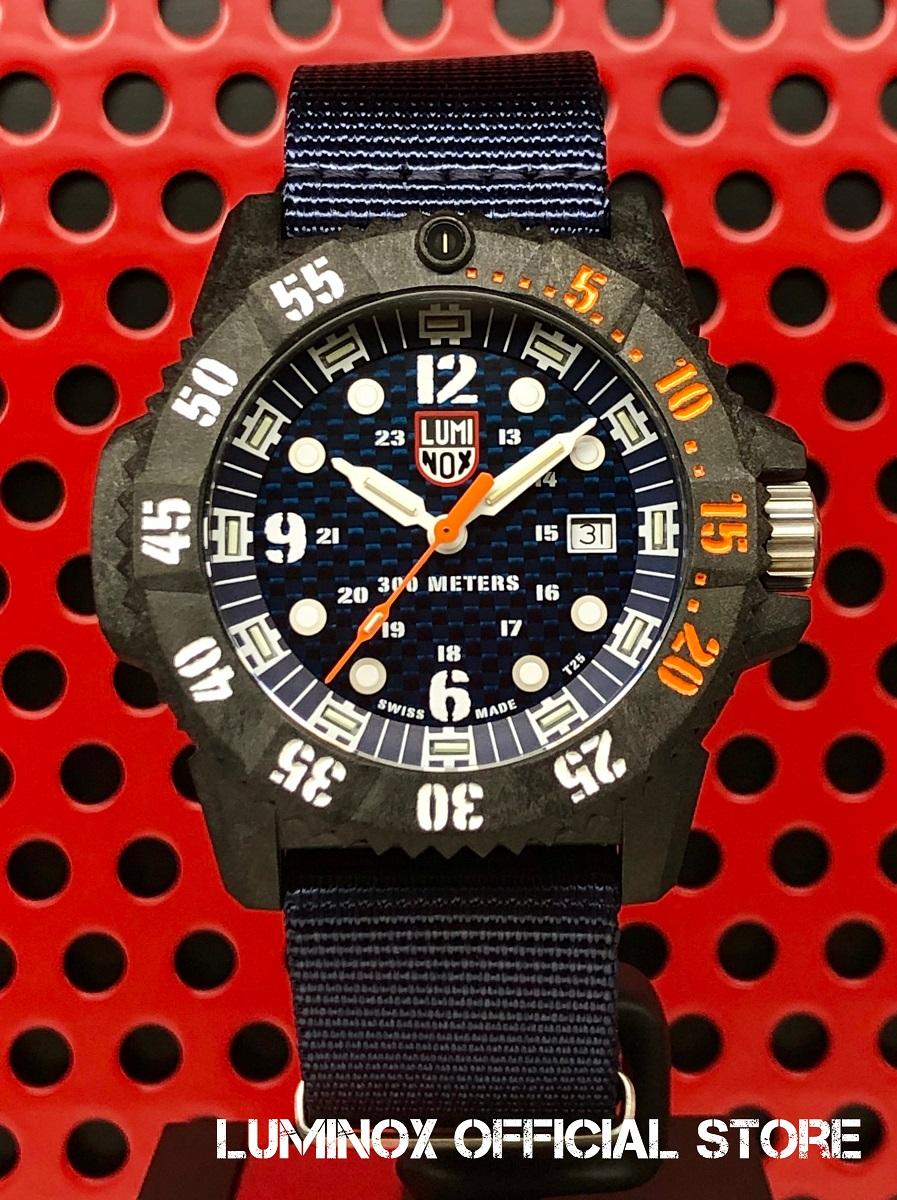 Luminox直営店 MASTER CARBON SEAL 3800 SERIES Ref.3803.C[3800シリーズ/マスターカーボン/ネイビーシールズ/ルミノックス/ミリタリーウォッチ/ダイバーズ/防水/軽量/発光/日本正規保証]