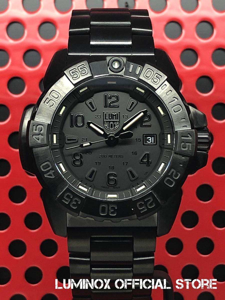 Luminox直営店 NAVY SEAL STEEL 3250 SERIES Ref.3252 Blackout[3250シリーズ/ブラックアウト/ネイビーシールズ/ステンレススティール/ミリタリーウォッチ/ダイバーズ/タフ/防水/発光/日本正規保証]