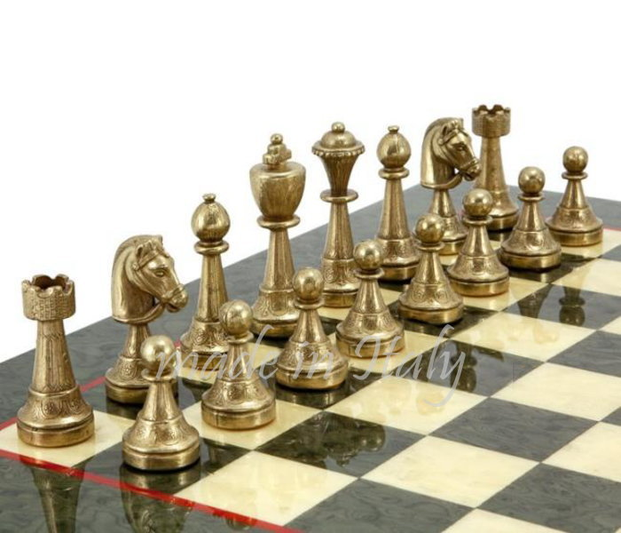 イタリア製チェスメン&チェスボードマーブル・ライク70M513R 伝統のスタウントン風モデルにアラベスク柄を刻んだデザイン インテリア イタリア製真鍮細工 フィレンツェ【定番】