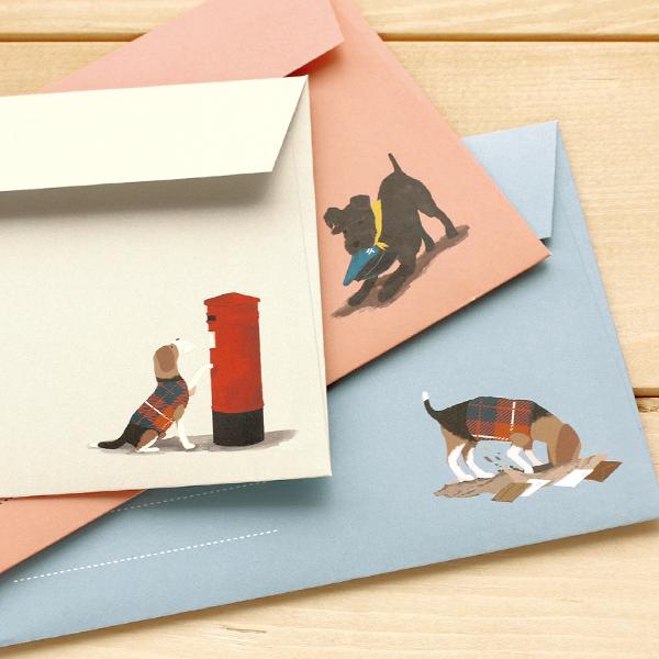 いろんな犬たちがパターンになった便箋のレターセット 封筒の表裏にも愛らしいポーズのワンちゃんが 手紙 便箋 定形内 犬 お気にいる ドッグ プードル ビーグル ダルメシアン シュナウザー ランキング1位入賞 レターセット 便箋6枚 封筒3枚 ホワイト 思い出特集 母の日 《便箋 大人 父の日》 グリーン 手紙セット シンプル メール便あす楽対象外 封筒 かわいい ピンク ギフト おしゃれ 可愛い 安売り