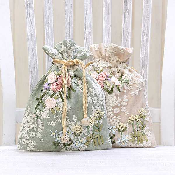 Florist~フローリスト~ 巾着L 約17x22cm 高級な ゆうパケット選択可 きんちゃく 至上 ポーチ 小物入れ 上品 手刺繍 可愛い ロココ調 リボン刺繍 チュールレース
