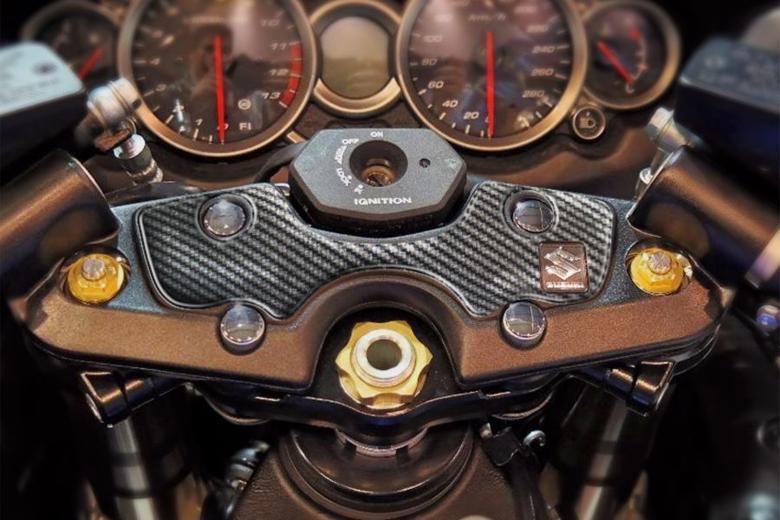 セール バイク用品 アクセサリー ステッカー&ワッペン&キーホルダー&エンブレムPRINT トップブリッジ・フューエルキャップセット GSX1300R 08-17プリント SET-PPSS13P 取寄品