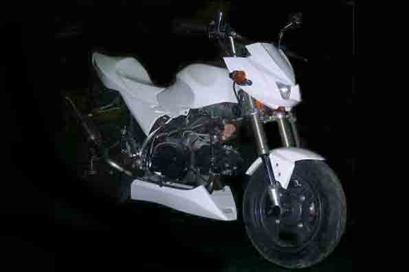 <title>バイクパーツ モーターサイクル オートバイ スーパーセールNOJIMA 新着セール Z110キット ストリート WHTゲル KSR110 《ノジマ NCW621FS-WT》</title>
