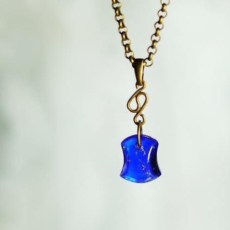 『Deep sea gold bullion』 ガラスアクセサリー ネックレス・ペンダント ダイカット(平面造形)タイプ