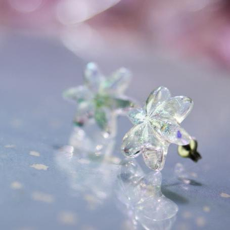 『Snow flower ~ Mysterious bright ~』 ガラスアクセサリー ピアス・イヤリング