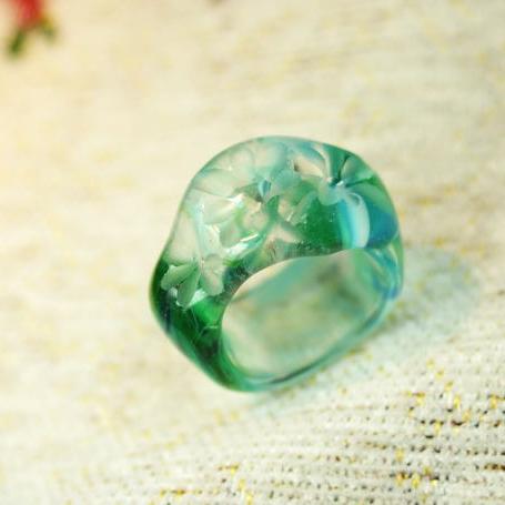 『Medow wind ~ 草原の風 ~』 ガラスアクセサリー リング・指輪 デザインタイプ