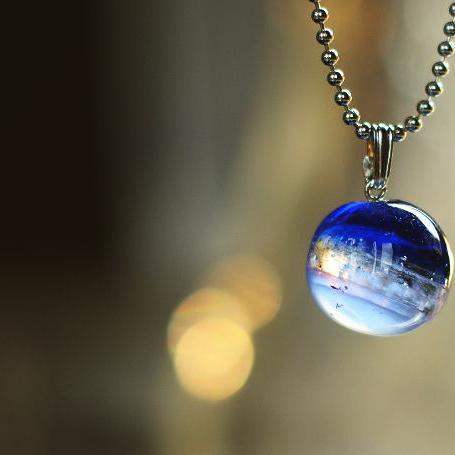 『北欧の宙 ~ 遥かなる煌き ~』 ガラスアクセサリー ネックレス・ペンダント 立体造形タイプ