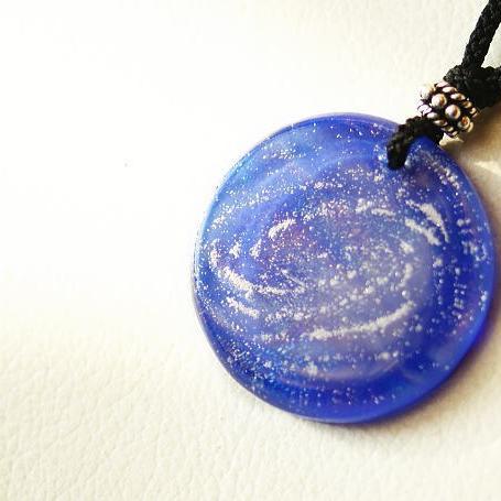 『青の銀河』 ガラスアクセサリー ネックレス・ペンダント 円・楕円・ドロップタイプ