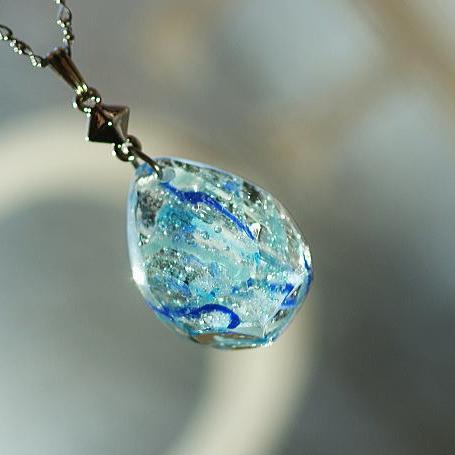 『Ice heaven』 ガラスアクセサリー ネックレス・ペンダント 円・楕円・ドロップタイプ