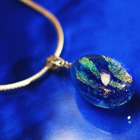 『Sea Egg』 ガラスアクセサリー ネックレス・ペンダント 立体造形タイプ