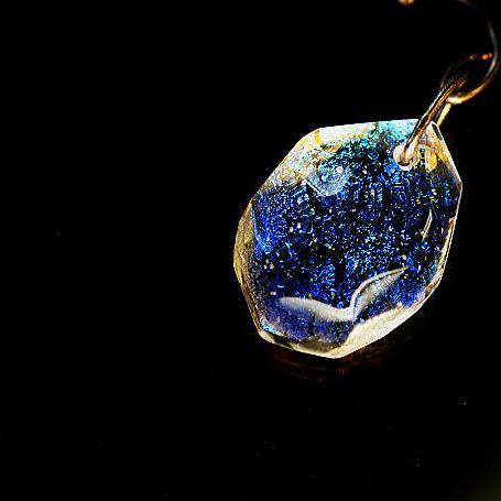 『Fragment of shiny glitter』 ガラスアクセサリー ネックレス・ペンダント 円・楕円・ドロップタイプ