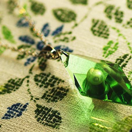 『かんたん封入ペンダント / Standard Dreamblue(グリーン)』 ガラスアクセサリー ネックレス・ペンダント 立体造形タイプ