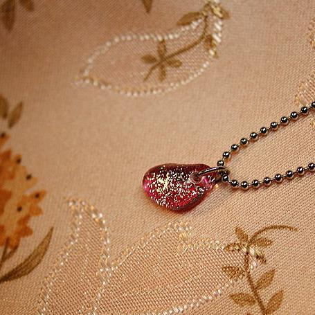 『Charming bean』 ガラスアクセサリー ネックレス・ペンダント 円・楕円・ドロップタイプ
