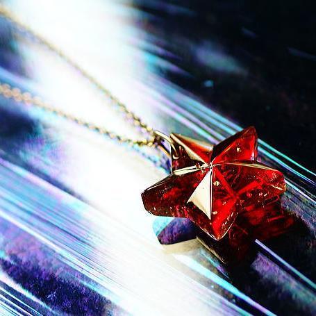 『Pentagram ~ 夢魔術の五芒星 ~』 ガラスアクセサリー ネックレス・ペンダント 四角・多角・星タイプ