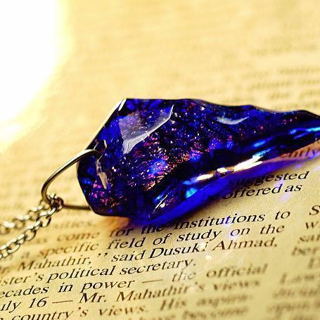 『Cobalt fang』 ガラスアクセサリー ネックレス・ペンダント 立体造形タイプ