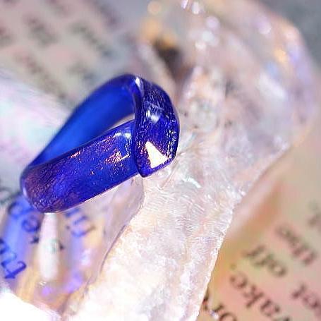 『星雲のリボン』 ガラスアクセサリー リング・指輪 デザインタイプ