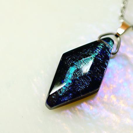 『Marine bright jewel』 ガラスアクセサリー ネックレス・ペンダント 四角・多角・星タイプ
