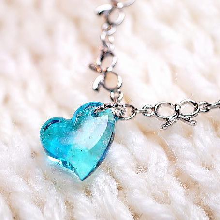 『Aqua pure love』 ガラスアクセサリー ネックレス・ペンダント ハートタイプ