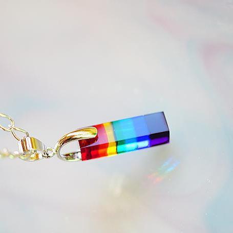 『Rainbow pillar』 ガラスアクセサリー ネックレス・ペンダント 立体造形タイプ