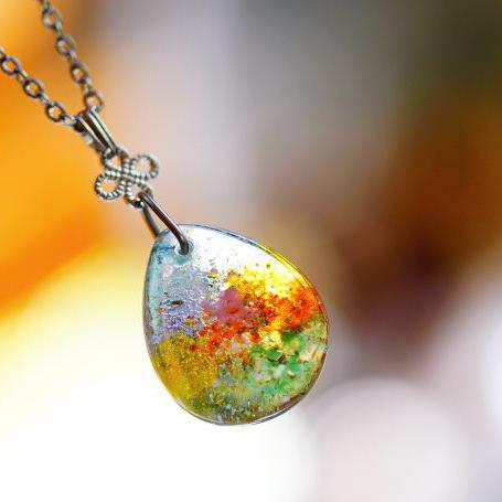 『優しい陽だまりの中で ~ 遥か ~』 ガラスアクセサリー ネックレス・ペンダント 円・楕円・ドロップタイプ