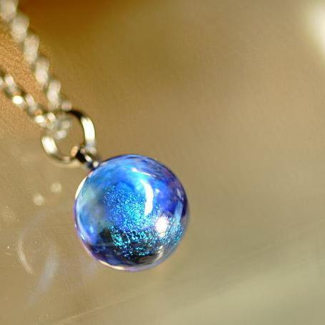 『Dichroic mix blue planet』 ガラスアクセサリー ネックレス・ペンダント 立体造形タイプ