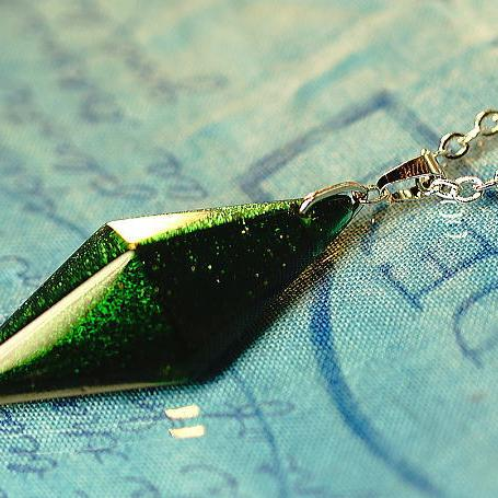 『Pure dream ~ 青葉眩しき季節 ~』 ガラスアクセサリー ネックレス・ペンダント 立体造形タイプ