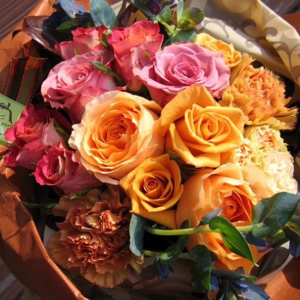 Shall Metal Bouquet Flower Arrangement Rose Memorial Day Wedding Celebration Gift Celebrating Same Delivery Presents