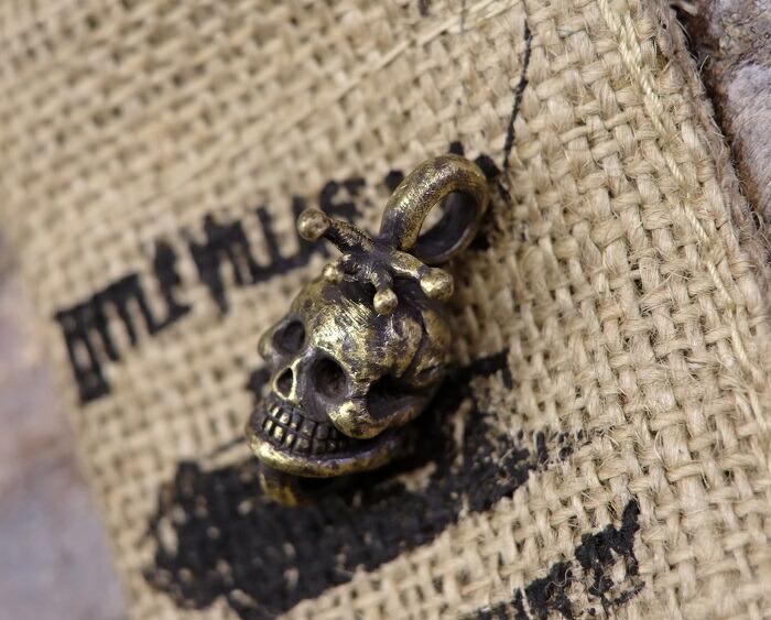送料無料!LITTLE VILLAGE&CO.(リトルヴィレッジアンドコー)【Snail&Skull Pendant】スネイル&スカルペンダントネックレストップ ブラス製MADE IN JAPAN