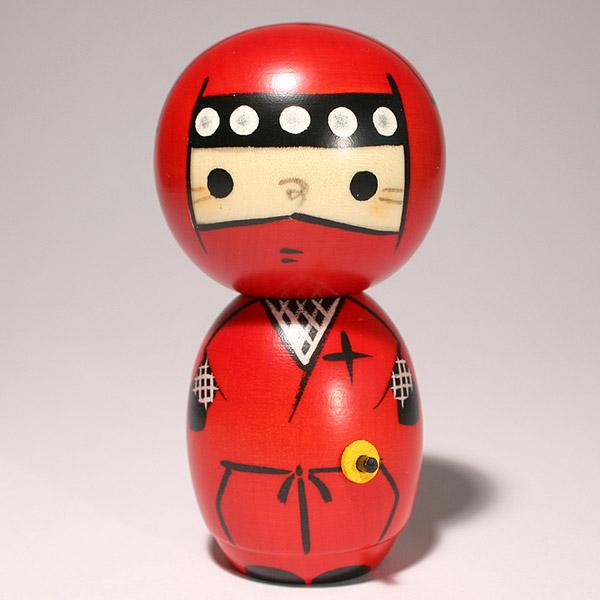 日本の伝統人形 こけし 激安卸販売新品 忍者 赤 大幅にプライスダウン c292こけし 創作こけし 日本の伝統 人形 kokeshi 日本製 手作り お土産 インテリア