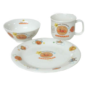 それいけ 子供用食器 ケーキ皿 マグカップ オリジナル お茶碗 アンパンマン 陶器製品 3点セット 陶器セット SO 食器 セット 日本未発売 食器セット
