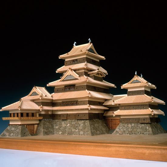 ウッディジョー 木製建築模型 1/150 松本城 レーザーカット加工