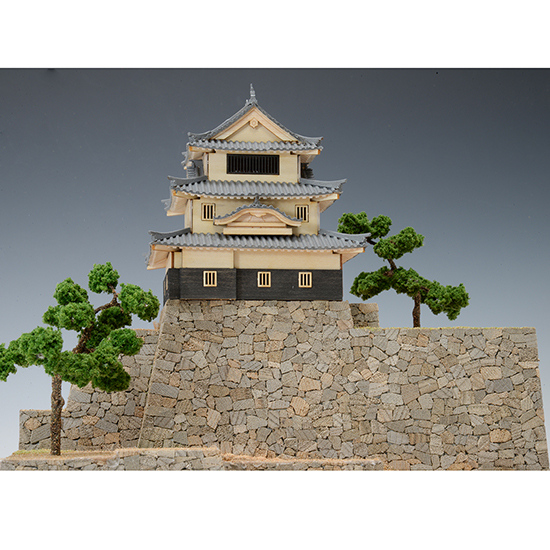 ウッディジョー 木製建築模型 1/150 丸亀城