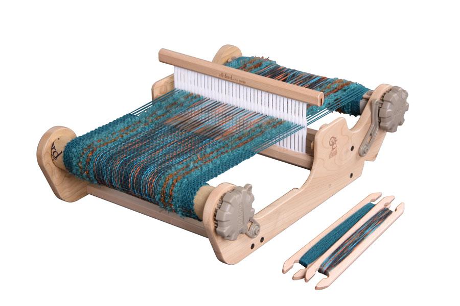 New コンパクトで軽いので持ち運びに便利 サンプル織りにも アシュフォード サンプルイットルーム25cm ふるさと割 卓上 手織り 織り機 タペストリー 織機 綿 ニードル 糸 紡ぎ フェルト ヘドル 店 染め 羊毛 ウール