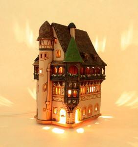 ランプハウス インテリアランプ 卓上ランプ リトアニア製 ミニチュアハウス mid260ar